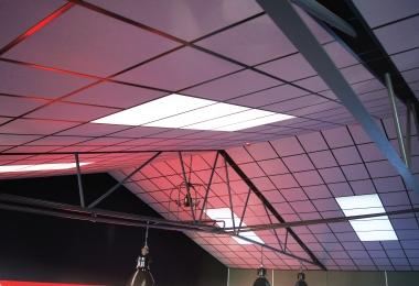 Eurocoustic Tange Silver, met zwart systeem met het dak mee gemonteerd