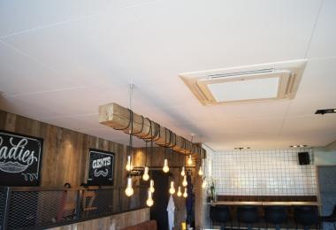 Rockfon plafondpanelen, type Sonar verdekt, afm. 900 x 900 mm